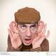 Homem que escuta com orelhas grandes 39854091 micro